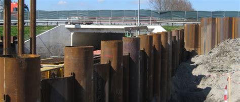 STABAU - Founded on Steel : Combined tubular sheet pile walls