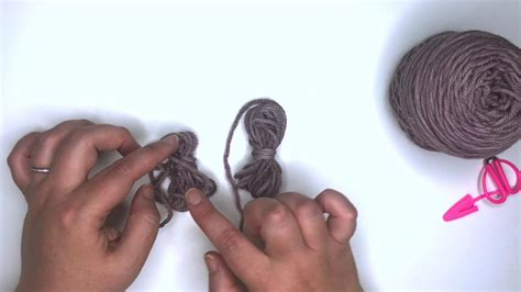 How to Make a Small Center-Pull Ball of Yarn | The